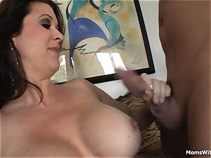 buxom mommy Raquel Devine bed romp With youthful paramour