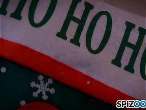 Alix Lynx and Addison Ryder lezzy christmas sensational