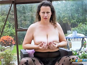 EuropeMaturE steaming huge-titted Solo female playing Alone