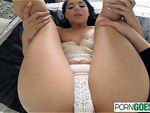 Gina Valentina gargles and smashes like slut a humungous boner