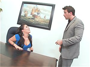 chinese hottie London Keyes gets an office pulverize