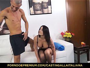 audition ALLA ITALIANA - Blue-eyed woman gets butt nailed