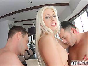Allinternal wonderful ash-blonde in internal ejaculation 3 way fun