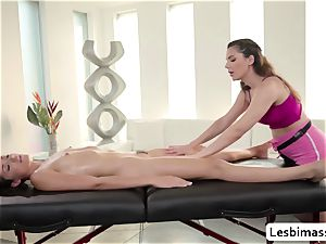 huge-titted babe Valentina Nappi likes scissor humping Avi enjoy