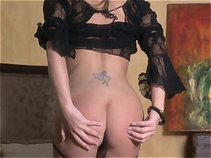 stunning starlet Jenna Presley takes out her ginormous titties and flashes off