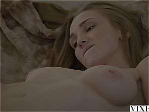 Kendra Sunderland nailed by her dad's mate