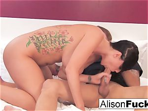Alison gets her coochie plowed