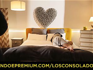 LOS CONSOLADORES - dirty honies have mischievous threesome orgy