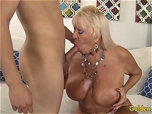 grandma Mandy McGraw entices fellow