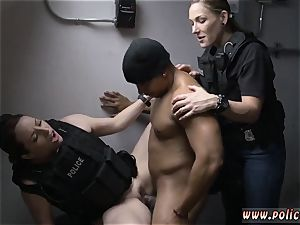 ebony transsexual dark-hued compilation Purse Snatcher Learns A Lespartner s sonnie