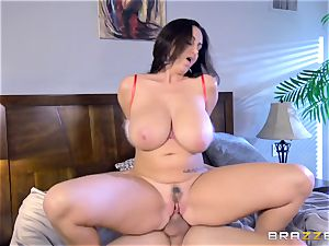 Ava Addams torn up in her hot vag