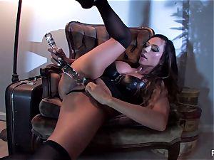 Ariella Ferrera pokes herself with a big glass plaything