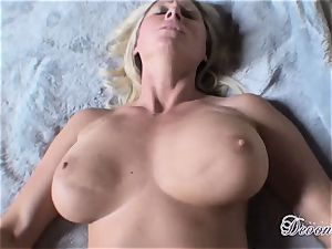 Devon Lee enjoys the monster muscle humping her cootchie real supreme