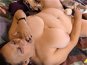 LatinChili super-hot busty granny Solos Compilation