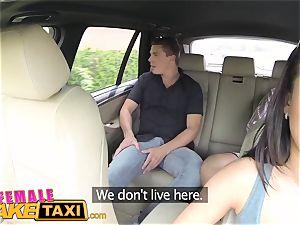 chick fake taxi expert poon slurping orgasms