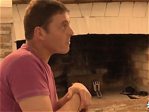 LA COCHONNE - anal invasion three way with killer French amateur