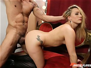 Public fuckfest in the clothes shop with AJ Applegate