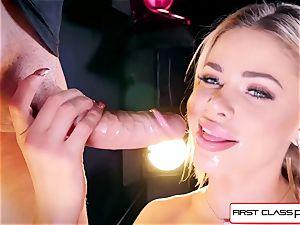see Jessa Rhodes taking a ginormous stiffy down her hatch