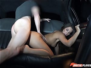 Eva Lovia picks up dudes off the street to penetrate