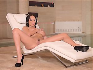 buxom French mummy thumbs Her moist pussy
